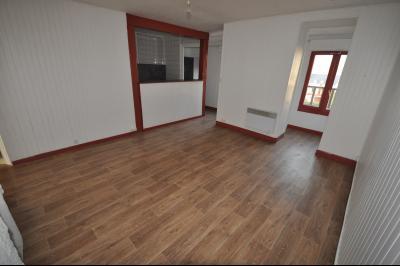 PAU SUD, A VENDRE, T3 en dernier étage avec cave Agence immobilière Libre-Immo, Pyrénées-Atlantiques, à Nay et Pau