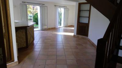 Vue: IDRON, A VENDRE, maison 137 m², vie de plain pied, sejour, IDRON, A VENDRE, maison 4 chambres, 137 m², vie de plain pied