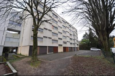 Vue: Exclusivité PAU Université- A VENDRE-Studio, EXCLUSIVITÉ PAU UNIVERSITÉ, A VENDRE, Studio de 21 m² loué