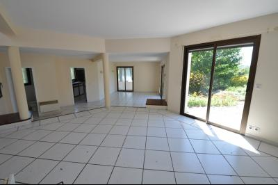 Vue: COTEAUX JURANCON, a vendre maison 4/5 chambres -  Séjour , COTEAUX DE JURANCON, A VENDRE, Maison 6 pièces de 250 m² avec vue Pyrénées