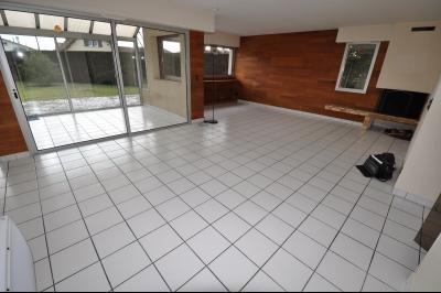 Vue: PAU HIPPODROME- Maison 4 chambres-Séjour, PAU HIPPODROME, A VENDRE, Maison avec vie de plain-pied , 4 chambres, sur 732 m² de terrain