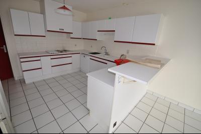 Vue: PAU HIPPODROME- Maison 4 chambres, PAU HIPPODROME, A VENDRE, Maison avec vie de plain-pied , 4 chambres, sur 732 m² de terrain