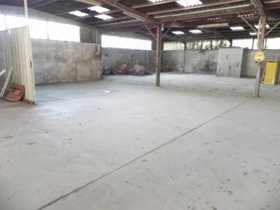 PAU, A VENDRE Local à réhabiliter de 640 m² Agence immobilière Libre-Immo, Pyrénées-Atlantiques, à Nay et Pau