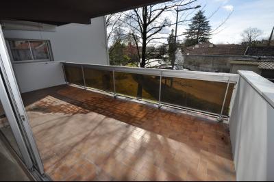 Vue: PAU-A VENDRE- T2 avec terrasse et garage-Terrasse, PAU TRESPOEY, A VENDRE, T2 avec terrasse et garage
