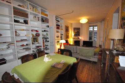 Vue: PAU, A VENDRE, maison avec piscine-Séjour, EXCLUSIVITÉ PAU, A VENDRE, maison 127 m² avec vie de plain-pied, avec piscine et dépendance