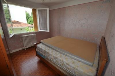Vue: BIZANOS-A VENDRE- MAISON 3 chambres-Chambre 1, BIZANOS, A VENDRE, Maison 3 chambres avec garage sur 807 m² de terrain