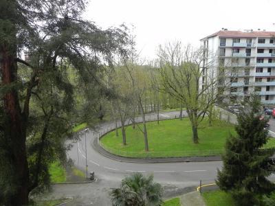 Vue: BILLERE, A VENDRE T1bis, parking + cellier - Vue , HAUT DE BILLERE, A VENDRE appartement T1bis avec une place de parking privée