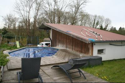 Vue: MORLAAS, A VENDRE maison 4 chambres de 158 m² avec piscine et dépendance, MORLAAS, A VENDRE maison 4 chambres de 158 m² avec piscine et dépendance