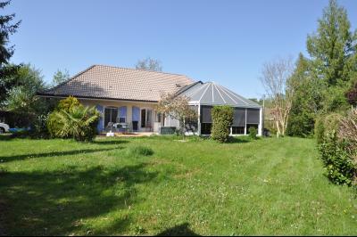 EXCLUSIVITÉ SAUVAGNON maison plain pied 3/4 chambres avec 68 m² de séjour sur 1500 m² de terrain Agence immobilière Libre-Immo, Pyrénées-Atlantiques, à Nay et Pau