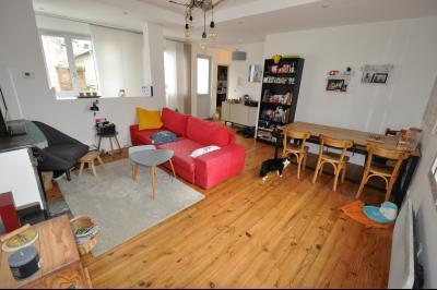 Vue: séjour, EXCLUSIVITE PAU ST CRICQ, A VENDRE, T3 en dernier étage avec balcon et parking privé