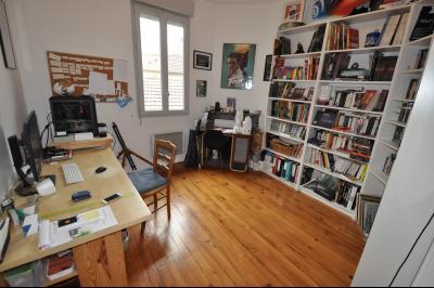 Vue: chambre 2, EXCLUSIVITE PAU ST CRICQ, A VENDRE, T3 en dernier étage avec balcon et parking privé