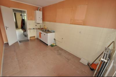 Vue: cuisine, EXCLUSIVITE PAU FACS, Spacieux T4 de 88 m², 3 chambres et dressing, balcon sud, garage
