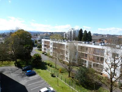 HAUT DE BILLERE, A VENDRE, T3 de 70 m² avec balcons et garage. Vue Pyrénées ! Agence immobilière Libre-Immo, Pyrénées-Atlantiques, à Nay et Pau