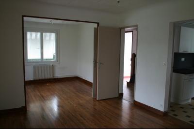 Vue: PAU LECLERC, A VENDRE maison 5 pièces de 123 m² avec jardin et garage, salon, PAU LECLERC, A VENDRE maison 5/6 pièces de 123 m² avec jardin et garage