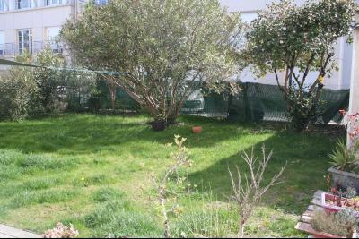 Vue: PAU LECLERC, A VENDRE maison 5 pièces de 123 m² avec jardin et garage, PAU LECLERC, A VENDRE maison 5/6 pièces de 123 m² avec jardin et garage