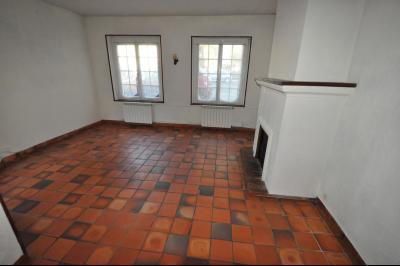 Vue: PAU- A VENDRE - Maison 3 chambres - Séjour, PAU PROCHE ALLÉES DE MORLAAS, A VENDRE, Maison de 100 m² avec 3 chambres, à rafraîchir