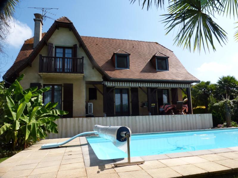 NAY - Vente maison de type T5 style néo béarnaise vue Pyrénées avec Piscine, Agence immobilière Libre-Immo dans la région Pyrénées-Atlantiques à Nay et Pau