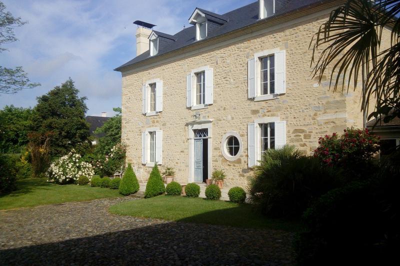Proche PAU - Vente Magnifique Maison de Maître avec sa Dépendance, Agence immobilière Libre-Immo dans la région Pyrénées-Atlantiques à Nay et Pau