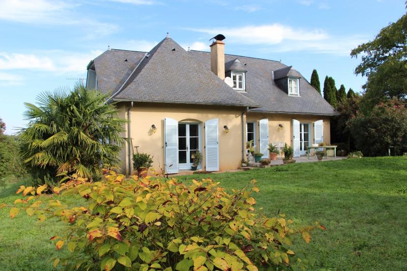 Sud NAY - Vente Grande maison de famille avec belle vue Pyrénées, Agence immobilière Libre-Immo dans la région Pyrénées-Atlantiques à Nay et Pau
