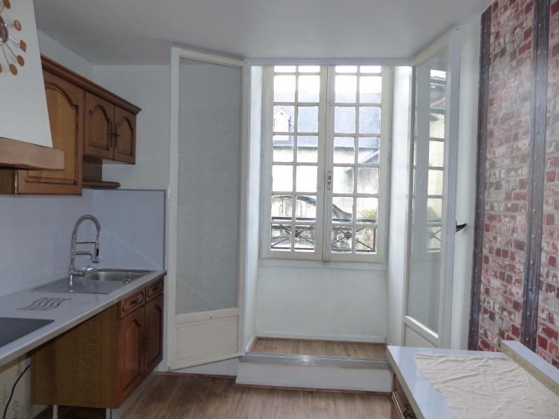 NAY Centre - Location Appartement T2 Bis - Entièrement rénové, Agence immobilière Libre-Immo dans la région Pyrénées-Atlantiques à Nay et Pau