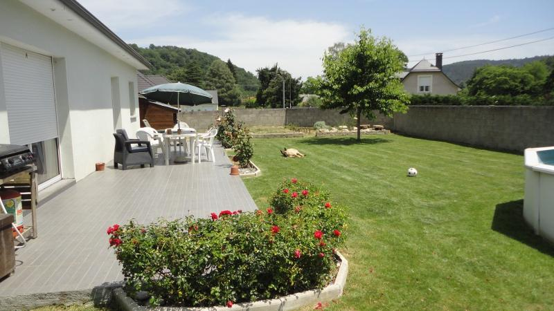 Sud de NAY - Vente Maison récente T5 avec jardin arboré de 1000 m² au calme, Agence immobilière Libre-Immo dans la région Pyrénées-Atlantiques à Nay et Pau