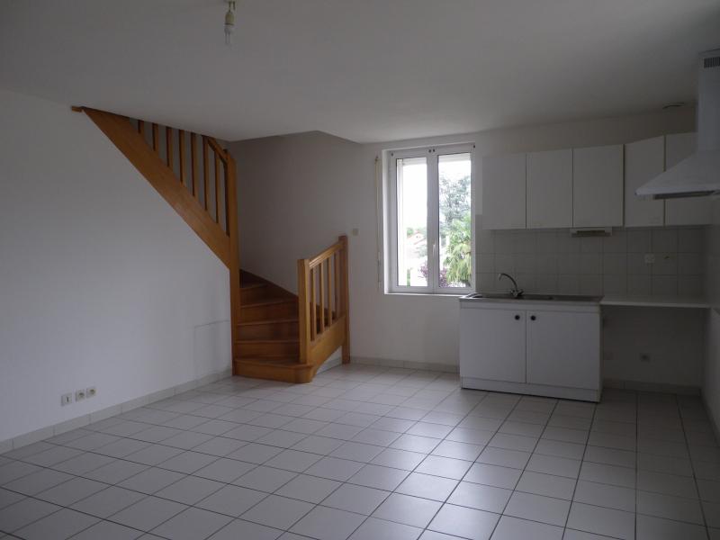 NAY - Location appartement de type 3 en duplex, Agence immobilière Libre-Immo dans la région Pyrénées-Atlantiques à Nay et Pau