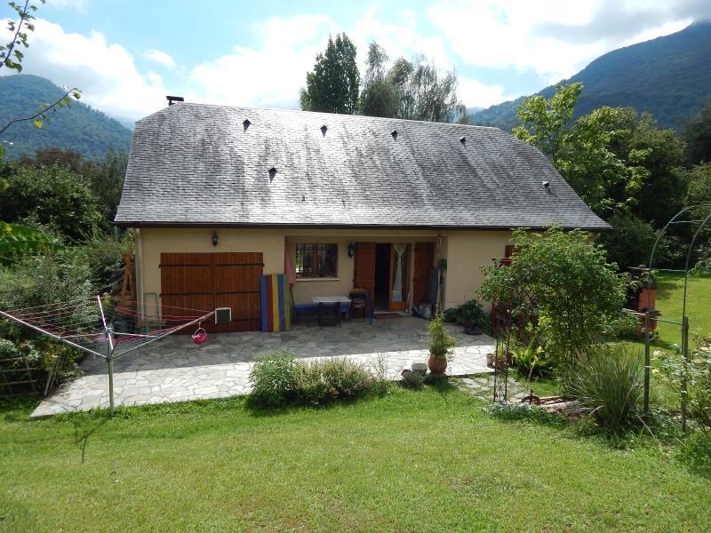 A 15 min de NAY - Vente d'une maison de 2004 avec 4 chambres Vue Pyrénées Sans vis à vis, Agence immobilière Libre-Immo dans la région Pyrénées-Atlantiques à Nay et Pau