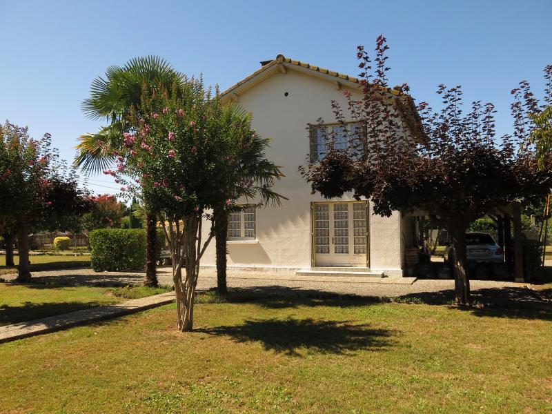 BORDES - Vente Maison 3 chambres avec beau jardin au calme, Agence immobilière Libre-Immo dans la région Pyrénées-Atlantiques à Nay et Pau