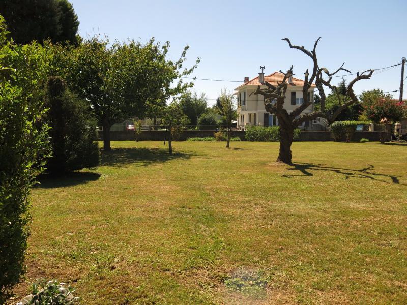 BORDES - Vente Terrain de 613 m², Agence immobilière Libre-Immo dans la région Pyrénées-Atlantiques à Nay et Pau