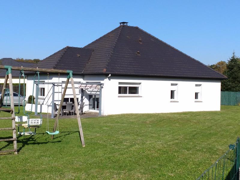 Proche NAY - Vente Maison de plain pied de type 5 avec jardin au calme, Agence immobilière Libre-Immo dans la région Pyrénées-Atlantiques à Nay et Pau