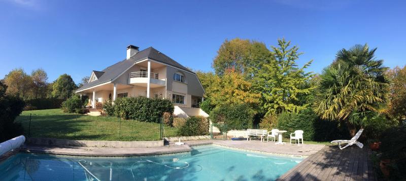 NAY - Rare Vue Pyrénées Vente Maison d'architecte au calme sans vis à vis avec piscine, Agence immobilière Libre-Immo dans la région Pyrénées-Atlantiques à Nay et Pau