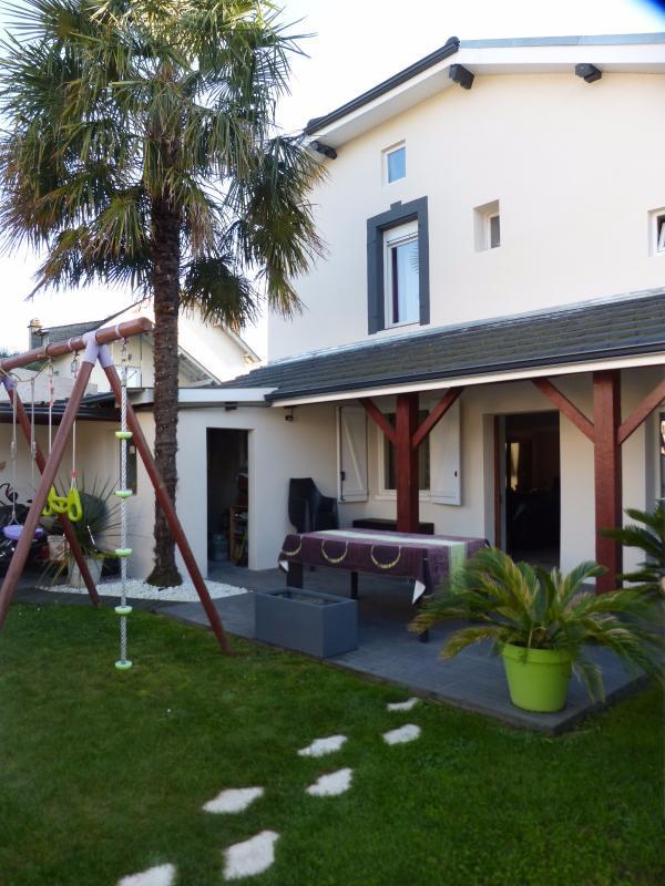NAY - Vente Maison de village de type T4 au calme, Agence immobilière Libre-Immo dans la région Pyrénées-Atlantiques à Nay et Pau