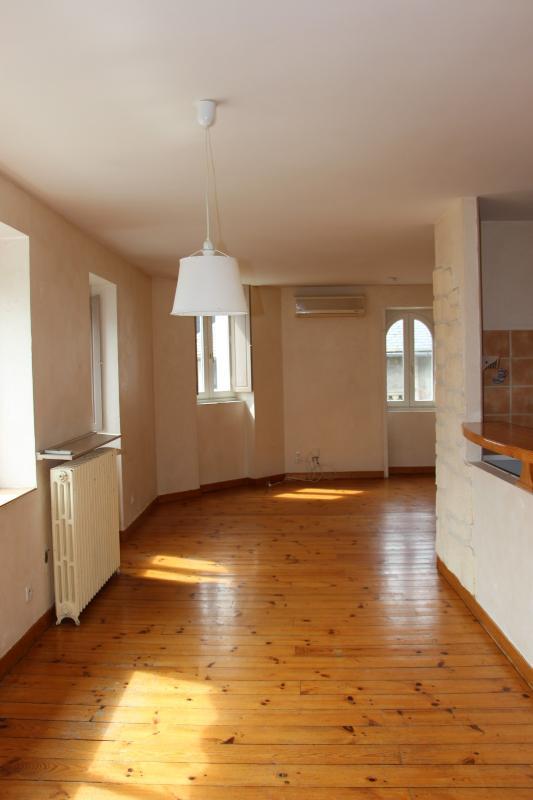 NAY Centre - Location Bel appartement en duplex de type 4, Agence immobilière Libre-Immo dans la région Pyrénées-Atlantiques à Nay et Pau