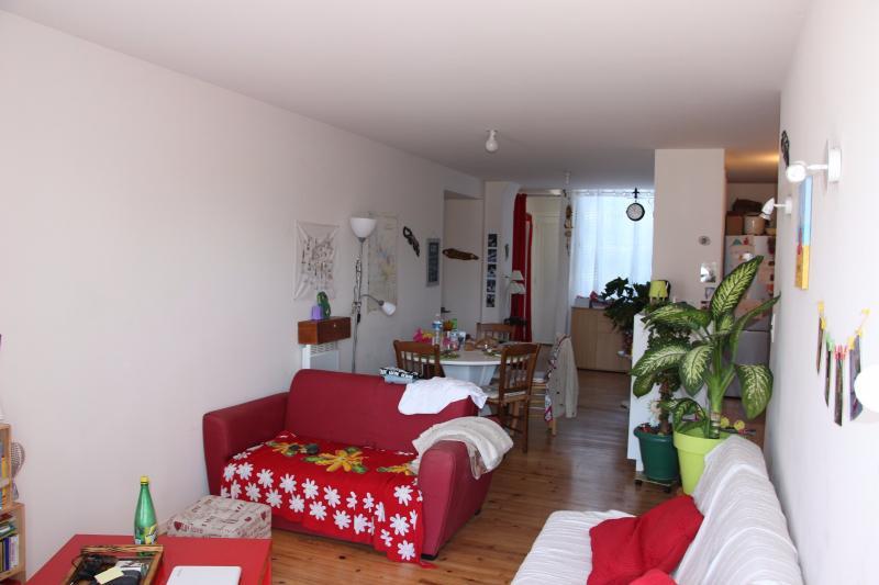 NAY Centre - Location Appartement de Type 4 au 2ème étage avec balcon, Agence immobilière Libre-Immo dans la région Pyrénées-Atlantiques à Nay et Pau