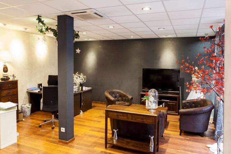 Nay - Vente immeuble de 200 m2, Agence immobilière Libre-Immo dans la région Pyrénées-Atlantiques à Nay et Pau