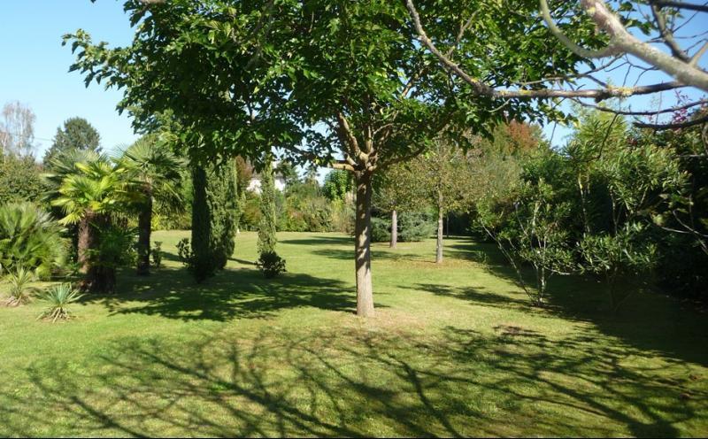 NAY - Vente Terrain à deux pas du centre de Nay, Agence immobilière Libre-Immo dans la région Pyrénées-Atlantiques à Nay et Pau