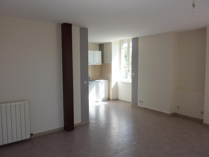 Entre NAY et BORDES - Location Appartement T4 rénové dans petite résidence, Agence immobilière Libre-Immo dans la région Pyrénées-Atlantiques à Nay et Pau
