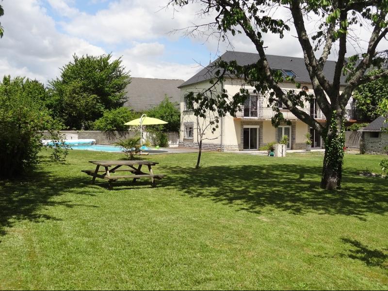Entre Nay et Bordes - Vente Maison 5 chambres avec piscine et Vue Pyrénées, Agence immobilière Libre-Immo dans la région Pyrénées-Atlantiques à Nay et Pau