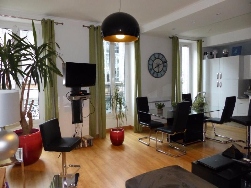 NAY Centre - Vente Appartement de type 3 refait à neuf, Agence immobilière Libre-Immo dans la région Pyrénées-Atlantiques à Nay et Pau