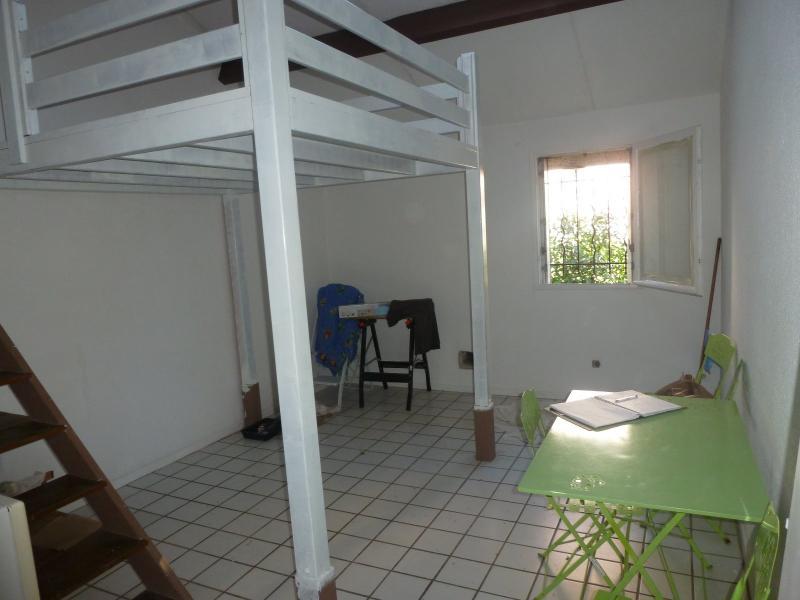 EXCLUSIVITE PAU, à vendre studio loué avec parking, Agence immobilière Libre-Immo dans la région Pyrénées-Atlantiques à Nay et Pau