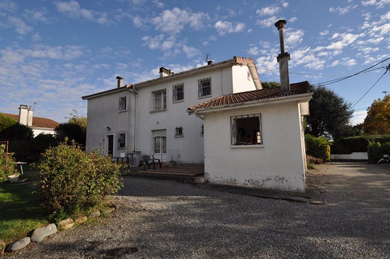 NAY, lot de 2 maisons jumelées avec 3 garages sur 926 m² de terrain, Agence immobilière Libre-Immo dans la région Pyrénées-Atlantiques à Nay et Pau