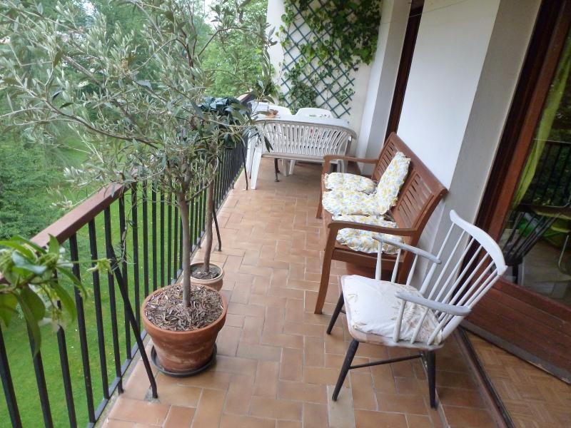 PAU, A VENDRE, Appartement T4 avec terrasse et cave, Agence immobilière Libre-Immo dans la région Pyrénées-Atlantiques à Nay et Pau