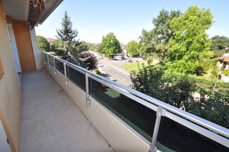 EXCLUSIVITÉ PAU, T3 entièrement rénové, avec balcon, parking, cave et garage, Agence immobilière Libre-Immo dans la région Pyrénées-Atlantiques à Nay et Pau