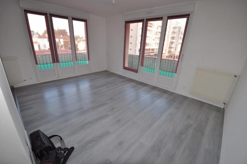 PAU ST JOSEPH, A VENDRE, T3 avec balcon, cave et garage, Agence immobilière Libre-Immo dans la région Pyrénées-Atlantiques à Nay et Pau