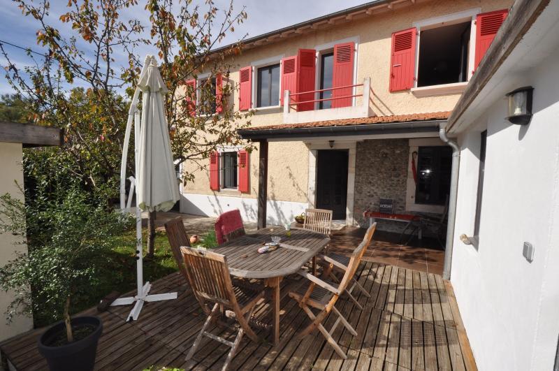 PROCHE PAU, A VENDRE, charmante maison avec vie de plain-pied de 121 m², 3 chambres, avec jardin, Agence immobilière Libre-Immo dans la région Pyrénées-Atlantiques à Nay et Pau