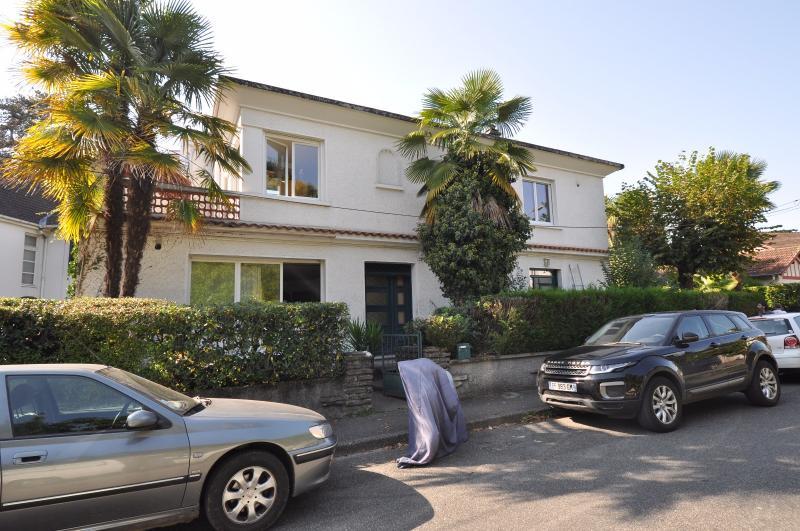 EXCLUSIVITE PAU, A VENDRE, Studio de 30 m² avec terrasse, loué, Agence immobilière Libre-Immo dans la région Pyrénées-Atlantiques à Nay et Pau