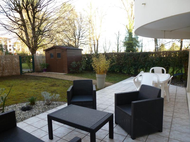 RARE HAUT BILLERE, A VENDRE, superbe T2 avec jardin privatif de 120 m², Agence immobilière Libre-Immo dans la région Pyrénées-Atlantiques à Nay et Pau