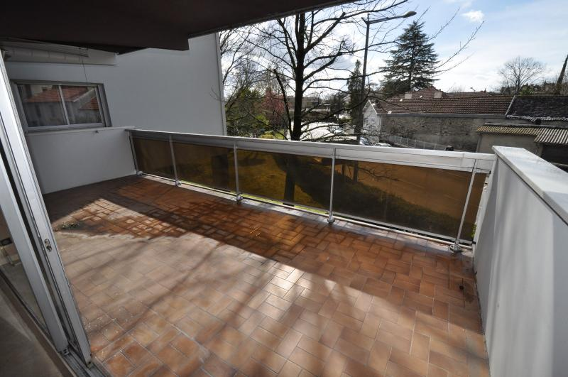 PAU TRESPOEY, A VENDRE, T2 avec terrasse et garage, Agence immobilière Libre-Immo dans la région Pyrénées-Atlantiques à Nay et Pau
