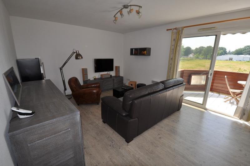 EXCLUSIVITÉ PAU, A VENDRE T2 de 51 m² avec terrasse, place de parking et vue Pyrénées, Agence immobilière Libre-Immo dans la région Pyrénées-Atlantiques à Nay et Pau