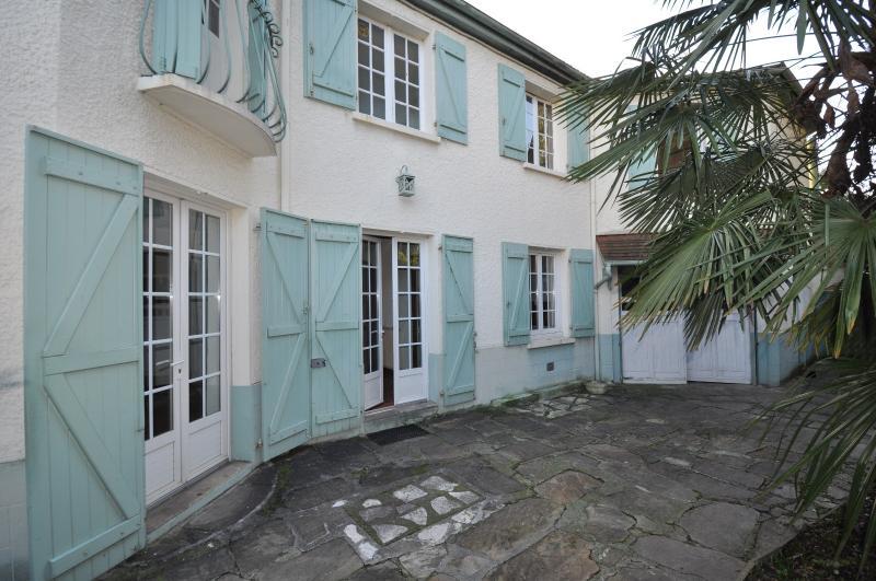 PAU PROCHE ALLÉES DE MORLAAS, A VENDRE, Maison de 100 m² avec 3 chambres, à rafraîchir, Agence immobilière Libre-Immo dans la région Pyrénées-Atlantiques à Nay et Pau